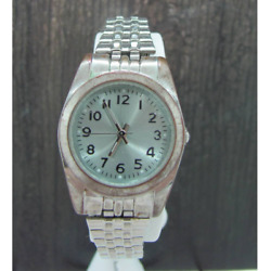 Ladies Silver Tone Watch Stretch Metal Band fmdws 166 Needs Battery