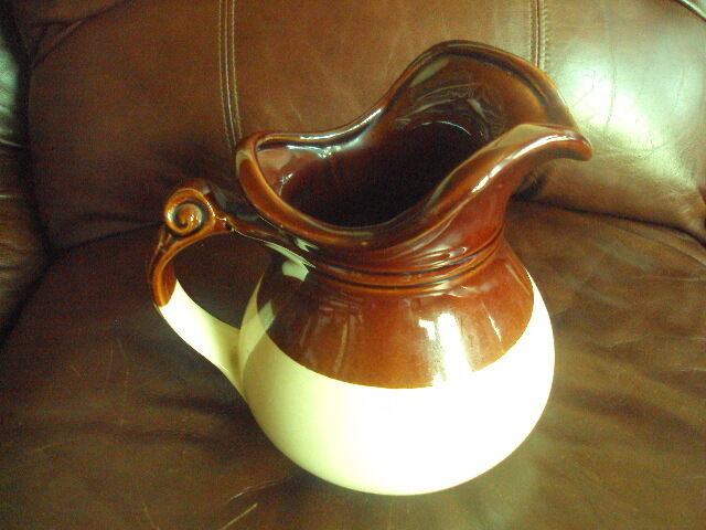 Vintage Small Single Handle Stoneware Crock Brown Cream ... |Brown And White Pottery
