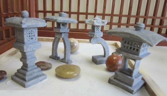 zen garden japanese 4 miniature lanterns ebay. Black Bedroom Furniture Sets. Home Design Ideas