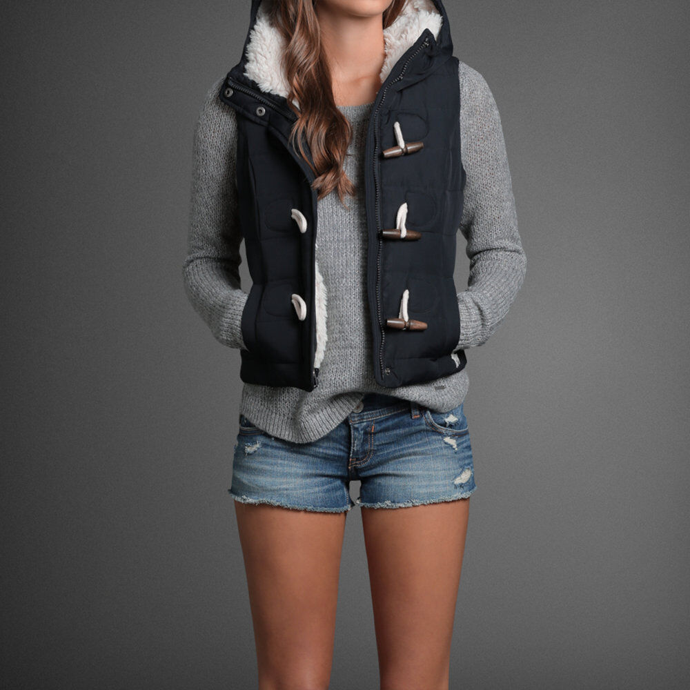 Abercrombie Accessories Abercrombie Accessories Abercrombie Womens Abercrombie Couple Abercrombie Womens: NWT Abercrombie & Fitch Women's Navy Kaela Vest Sherpa