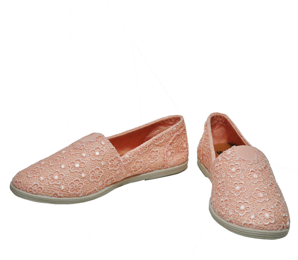Soda Canvas Flat Shoes