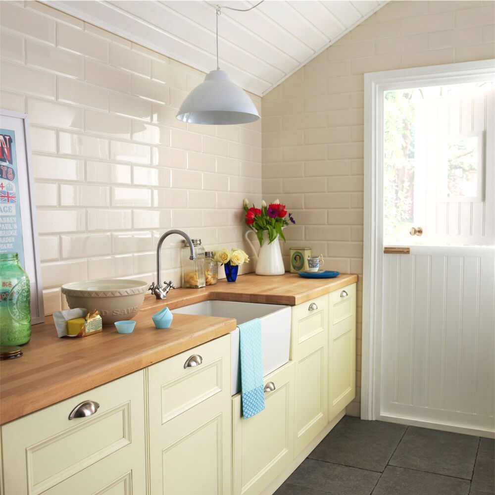 Tile On Kitchen Wall: 10x10cm Sample Of Brillo 30x10cm Cream Brick Effect Wall