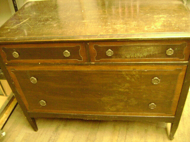 Antique Vintage 4 Drawer Dresser W Wheels 1900 Ebay