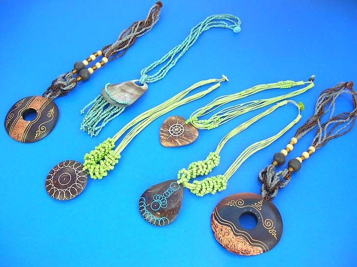 Bali handcrafted wood coconut beads necklaces 100 pcs for Bulk jewelry chain canada