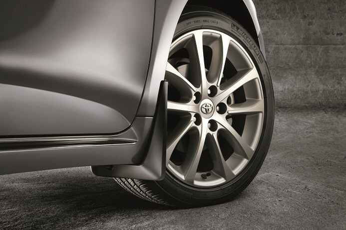 Toyota 2013 2016 Avalon Mud Splash Guards Genuine Oem Oe
