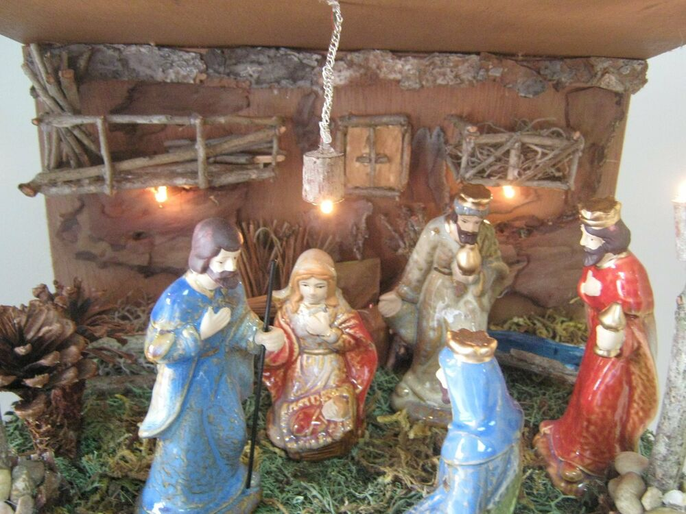 Nativity Wood Barn With Figurine Set Ebay