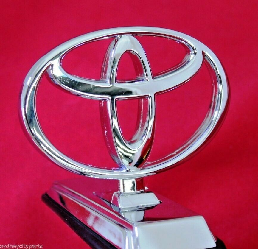 Toyota Landcruiser 300 >> TOYOTA LANDCRUISER 70 SERIES BONNET BADGE HOOD EMBLEM 1990-2012 NEW GENUINE | eBay