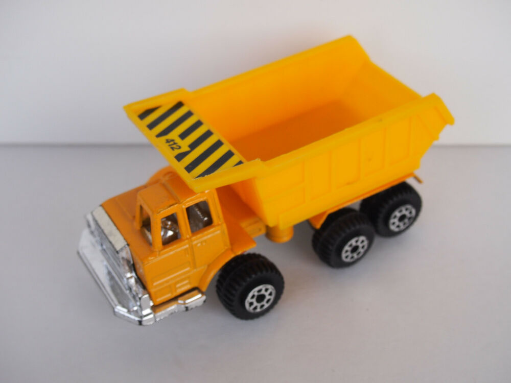 1992 Tootsietoy Hard Body Construction Diecast Dump Truck