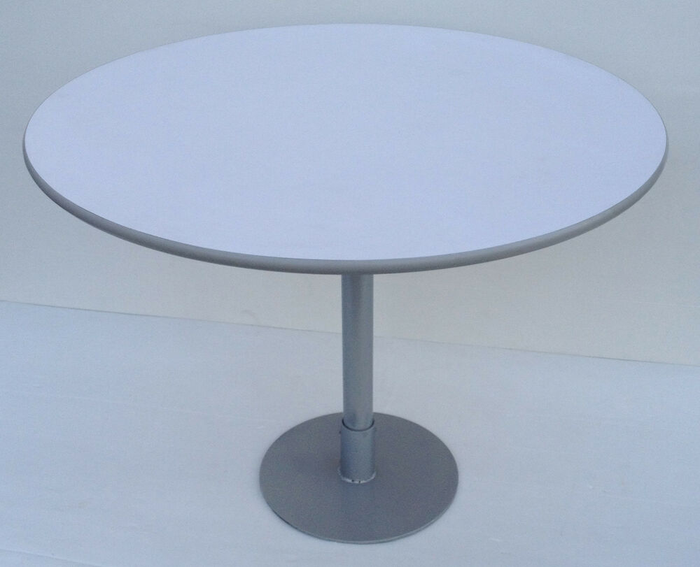 Kitchen Table Bisto