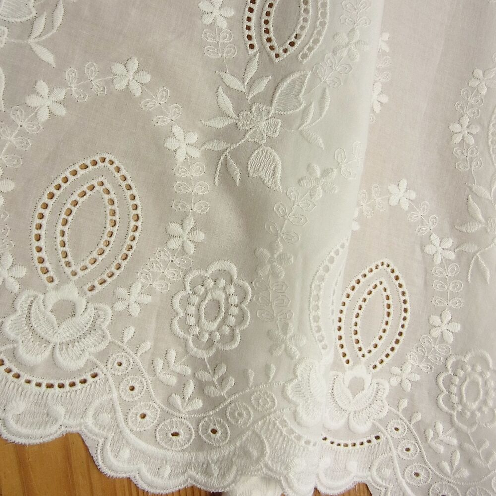 Colour vintage style embroidery cotton eyelet lace