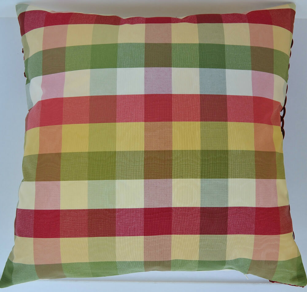 Decorative Plaid Pillows : 20
