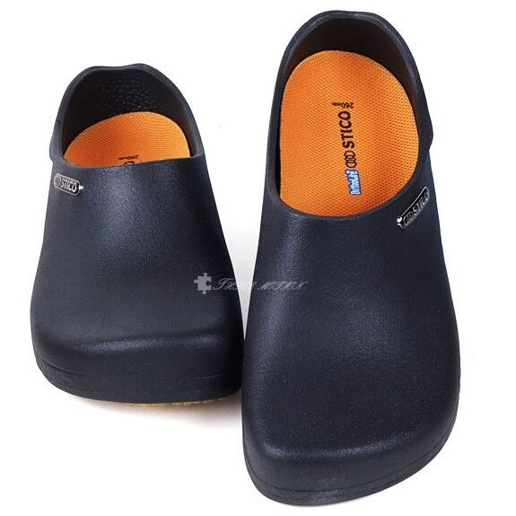 Mens All Black Kitchen Safe Shoes