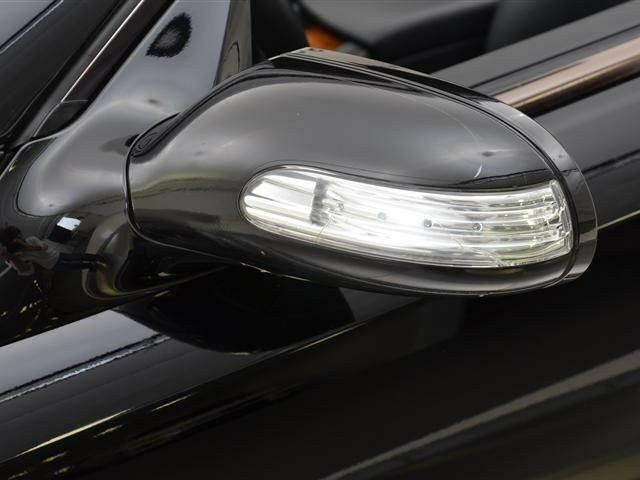 Mercedes benz r230 sl class slk genuine left door mirror for Mercedes benz door lights