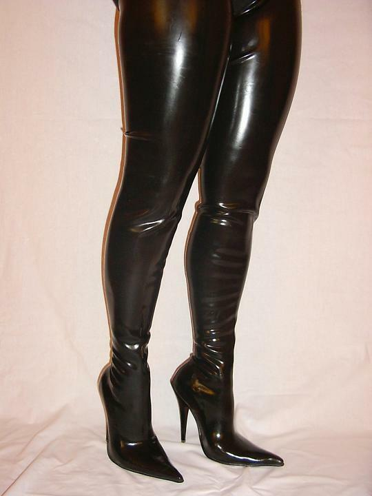 Rubber fetish boots