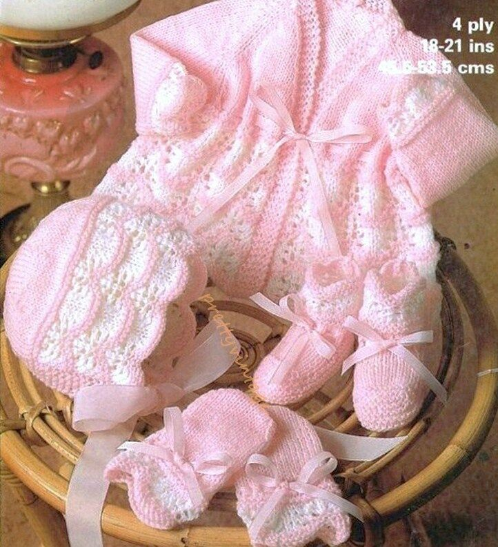 Knitting Pattern For Vintage Baby Bonnet : BABY KNITTING PATTERN TO MAKE VINTAGE MATINEE COAT BONNET BOOTEES MITTS 18-21...