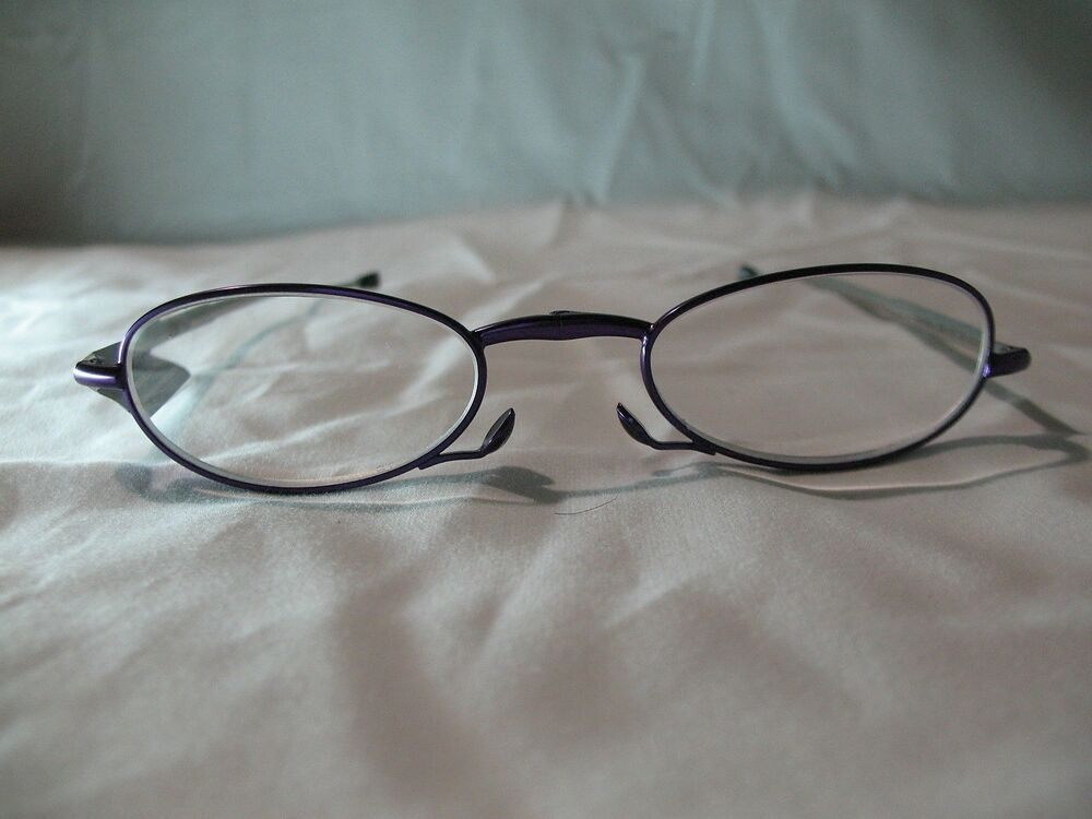 foster grant gwendolyn purple folding reading glasses with