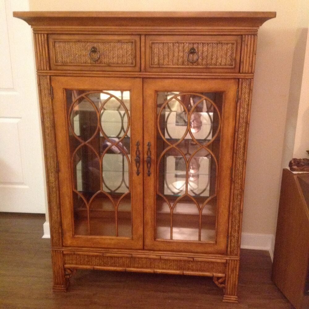 Dining Set With China Cabinet: BROYHILL China Cabinet