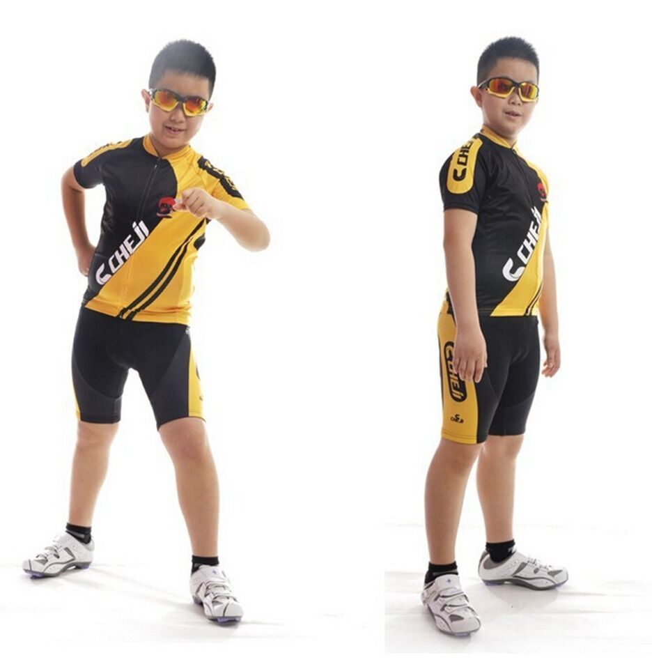 Find the latest Boys' Bike Clothing for sale at Competitive Cyclist. Shop great deals on premium cycling brands.