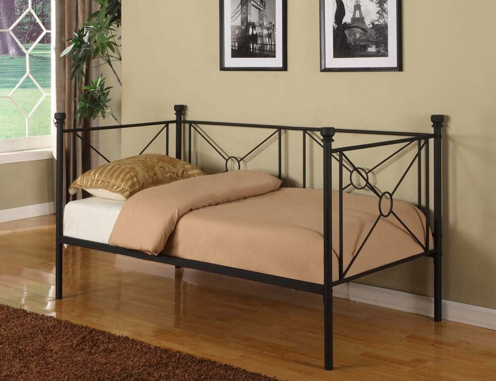 texture black metal twin size day bed daybed frame with rails new ebay. Black Bedroom Furniture Sets. Home Design Ideas