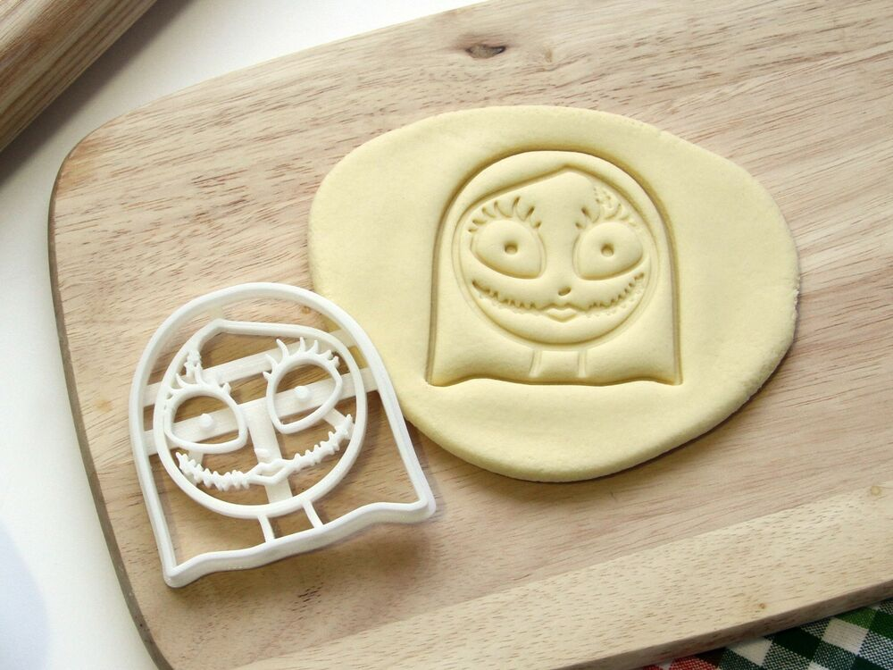 Sally Nightmare Before Christmas Cookie Cutter Cupcake