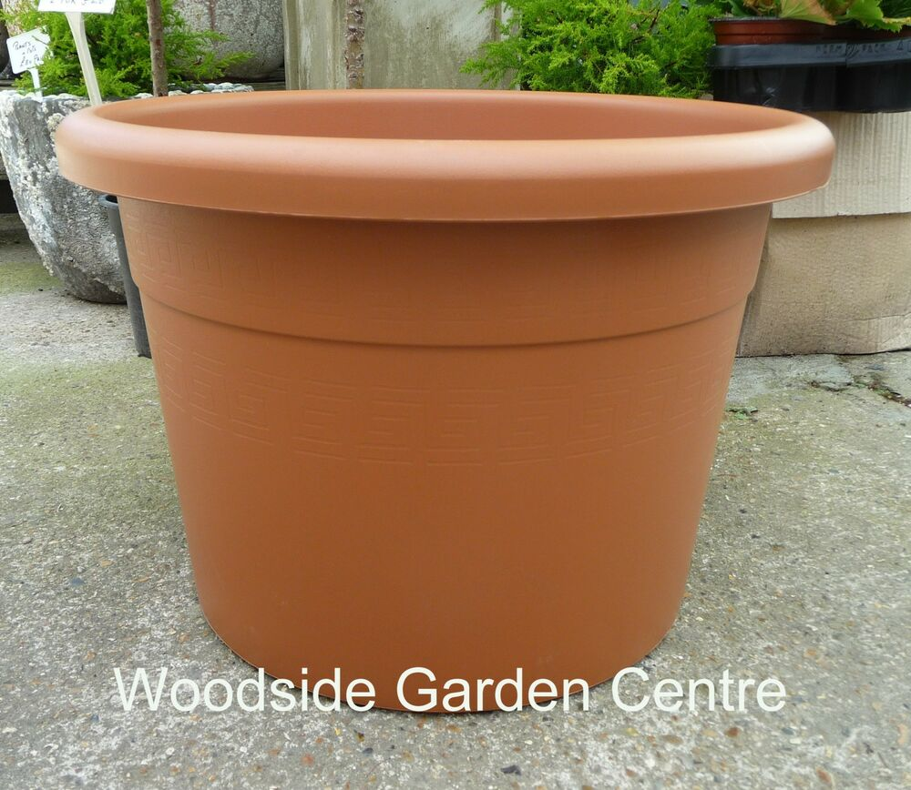 large 60lt plastic terracotta garden plant pot ebay. Black Bedroom Furniture Sets. Home Design Ideas