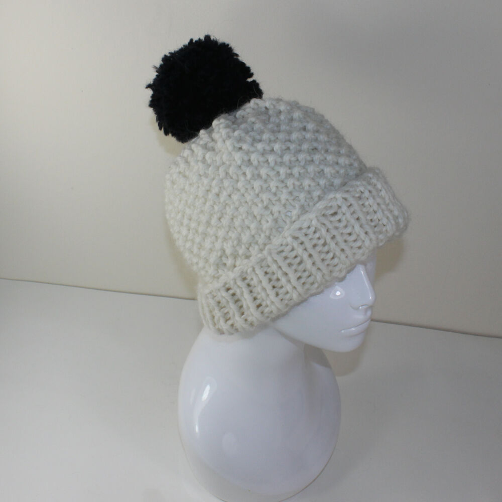 Details about PRINTED INSTRUCTIONS-EXTRA ROOMY SUPER CHUNKY BOBBLE BEANIE  HAT KNITTING PATTERN e32dfc505548