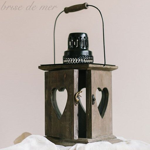Beautiful rustic vintage style wooden hearts candle holder for Diy hanging tea light candle holders