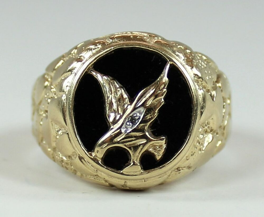 Vintage mens 10k yellow gold ring oval onyx eagle diamond for 10k gold jewelry