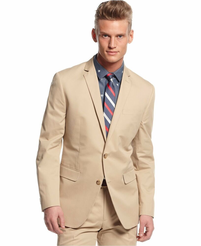 Without a doubt, a khaki sport coat is the second most versatile jacket you could possibly own. Second only to a navy version, of course. This is especially true in the warmer months, when you may want to wear lighter colors.