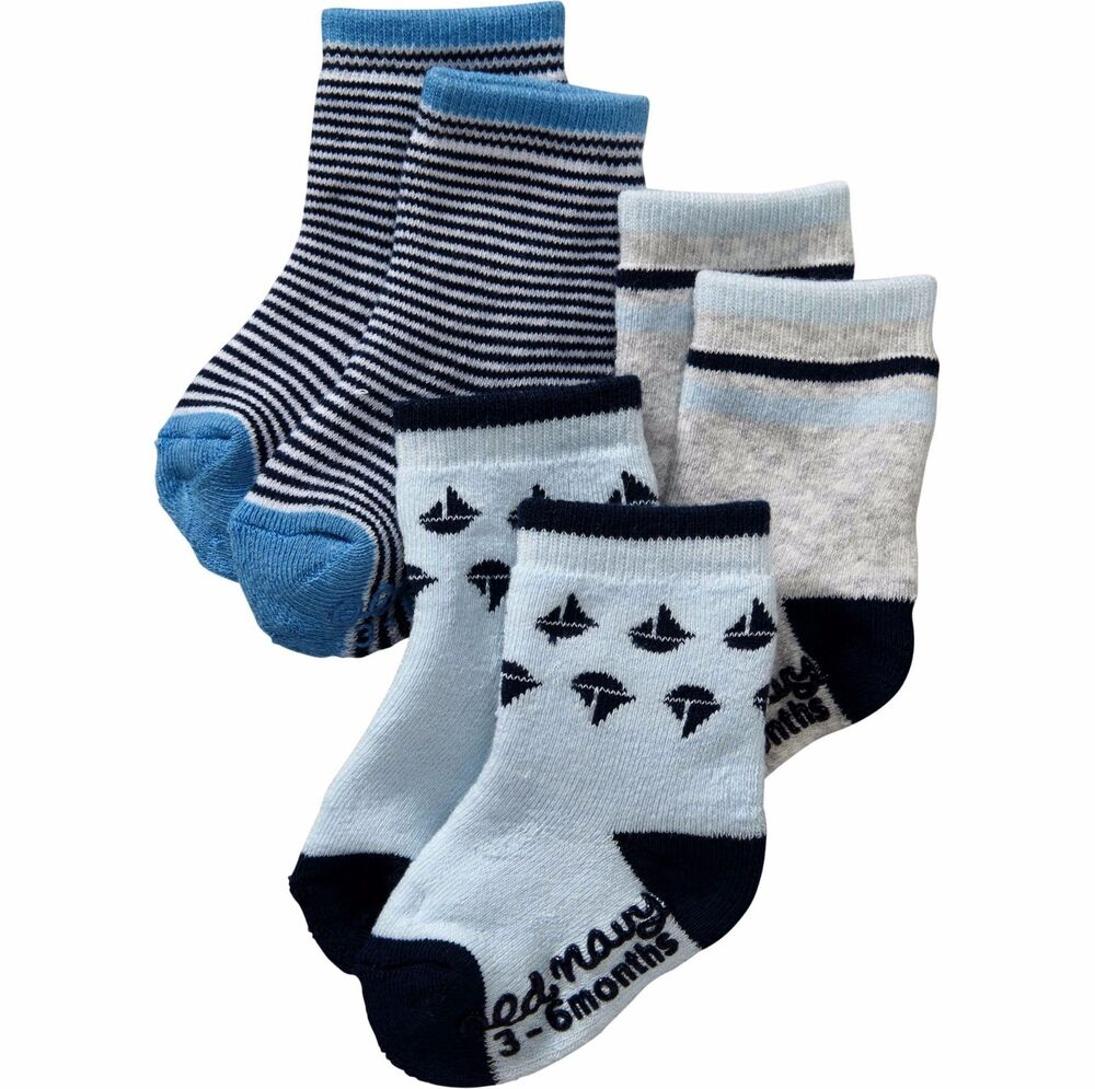 Find a great selection of toddler boys' underwear at Old Navy. This collection of underwear for toddler boys includes comfy socks and boxer briefs.