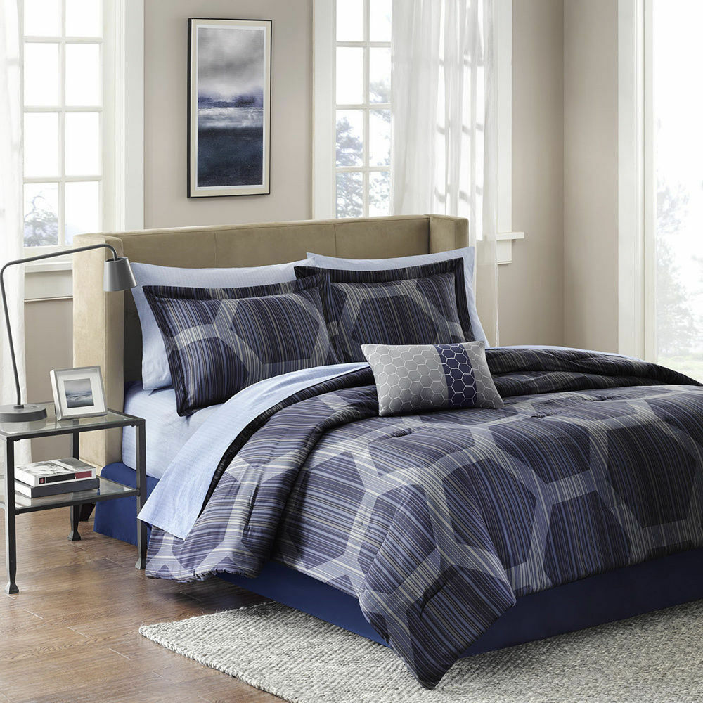 Beautiful Contemporary Chic Modern Dark Blue Grey Stripe