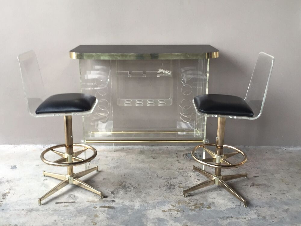 Fabulous 70 S Mod Space Age Lucite Bar With 2 Lucite Bar