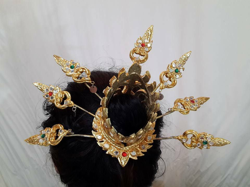 Traditional thai style dance costume gold headdress crown for Art and craft crown
