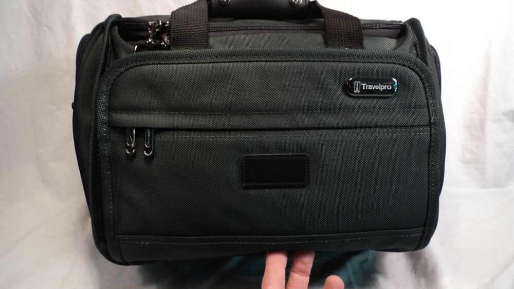 Travelpro 9203 02 Hunter Green Deluxe 16 Quot Tote Ebay
