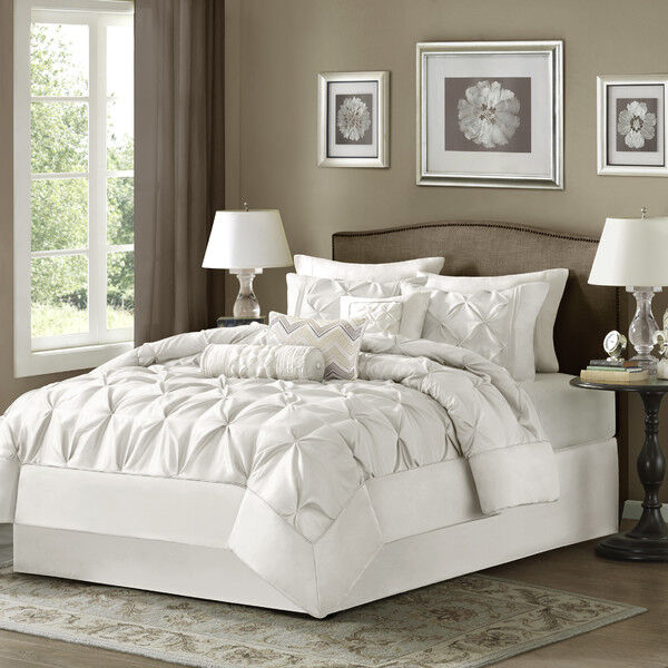 White Bed Bag Luxury 7-Pc Comforter Set Cal King Queen