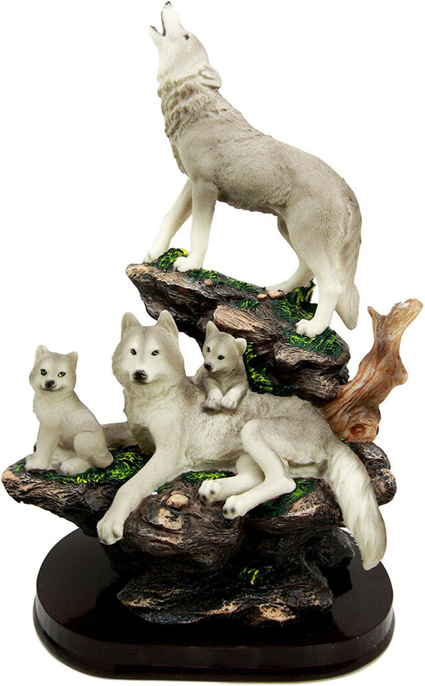 Hunting grey wolf family wolves wildlife resin figurine