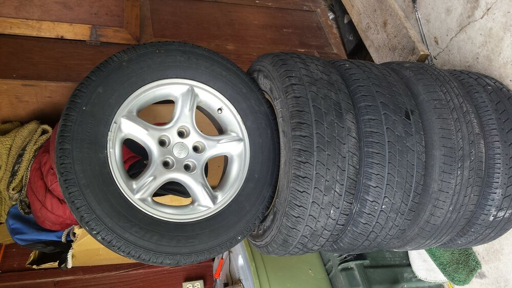 60th Anniversary Jeep Rims 16 Inch In Great Shape With