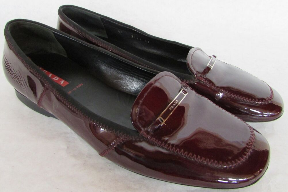 Burgundy Patent Leather Flat Shoes