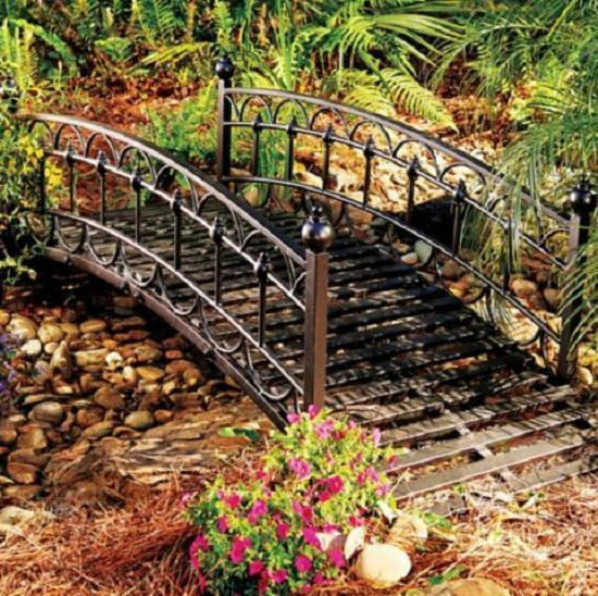 Outdoor black metal 4 foot garden bridge lawn landscaping for Lawn and garden decorative accessories