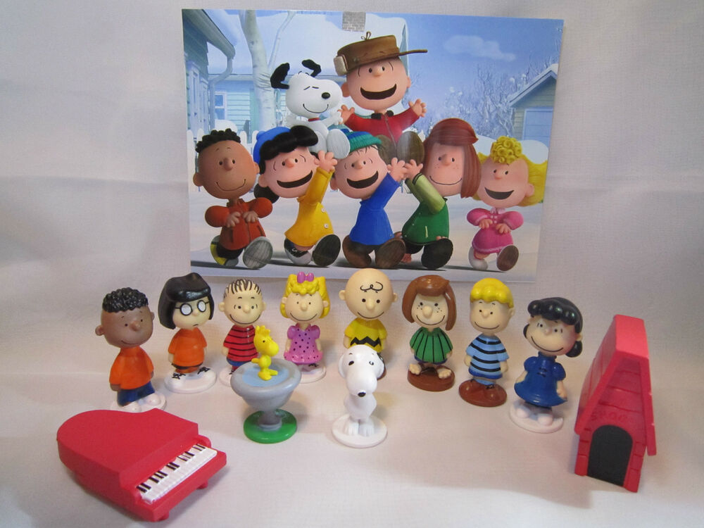 charlie brown wedding cake topper peanuts 12 pcs figure playset cake toppers snoopy 12505