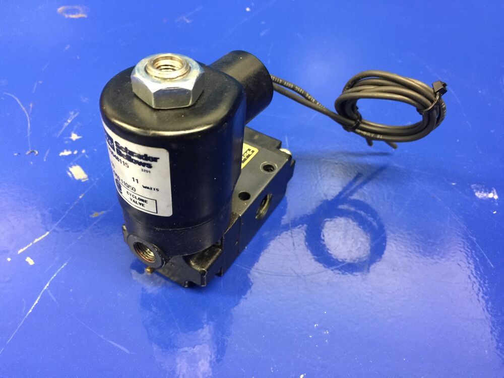Parker 524011115 Solenoid Valve With 743048115 Coil Ebay