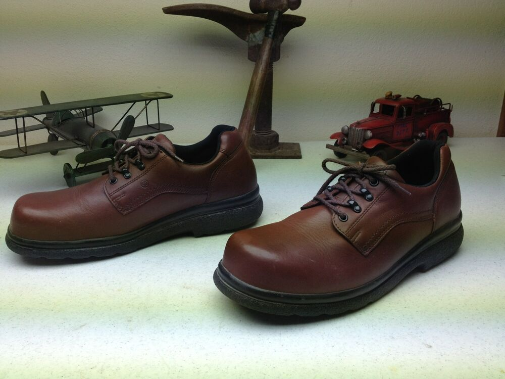 Red Slip Resistant Shoes