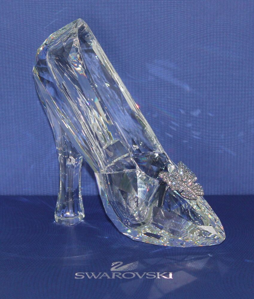 New Disney Cinderella Slipper Swarovski Crystal Le 50