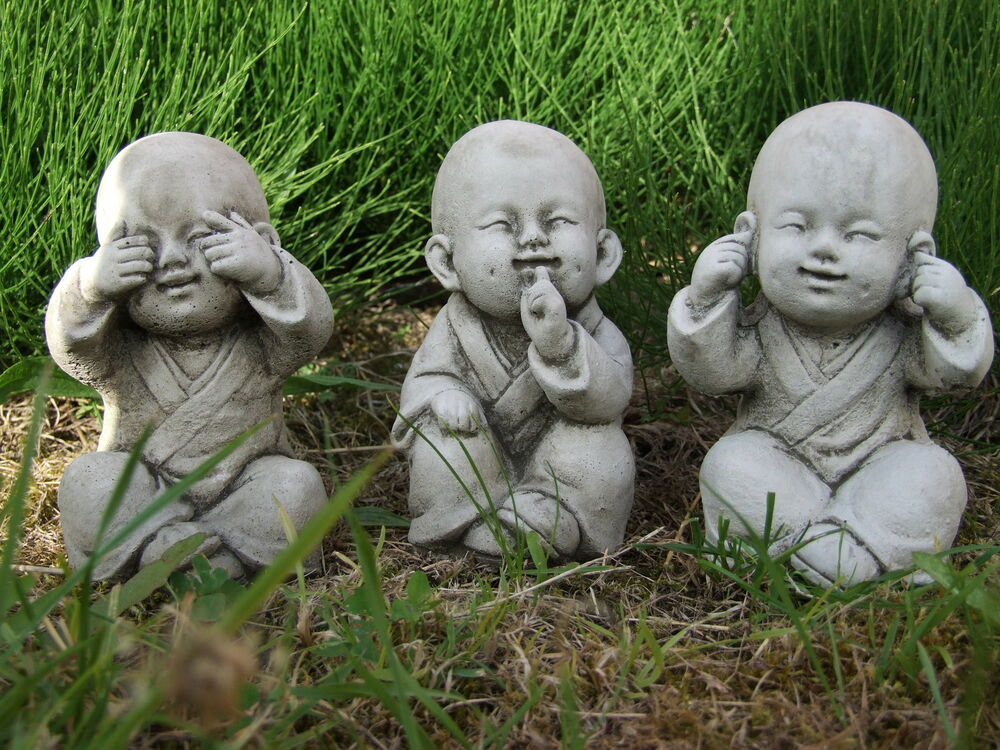 Buddha monk set speak see hear no evil garden ornament for Decoration jardin chinois