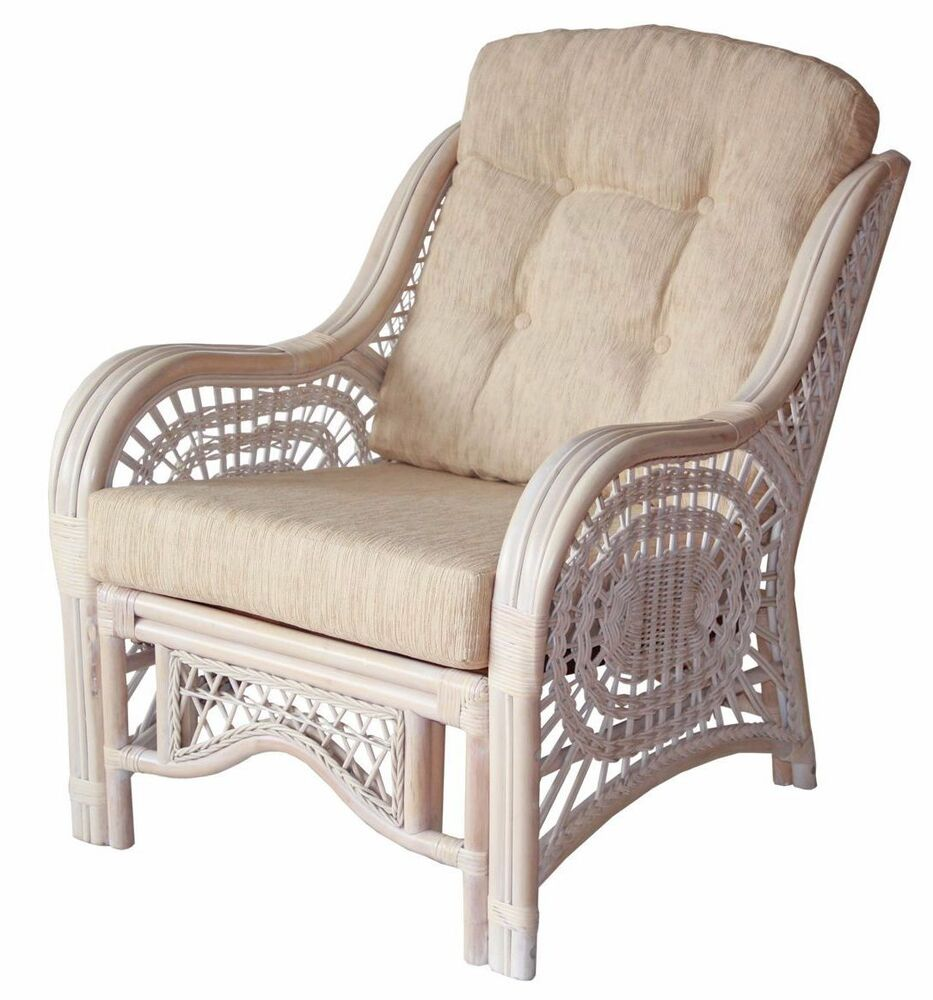 maliby design handmade rattan wicker lounge chair with cream cushions ebay. Black Bedroom Furniture Sets. Home Design Ideas