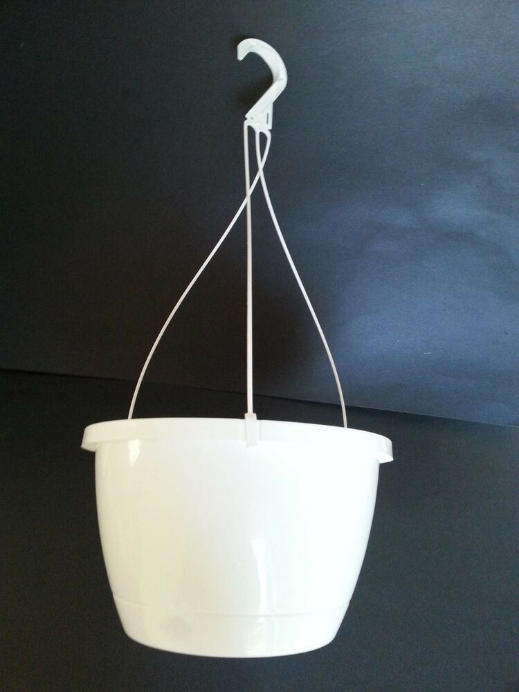 Set Of 10 10 Quot Traditional White Plastic Hanging Baskets