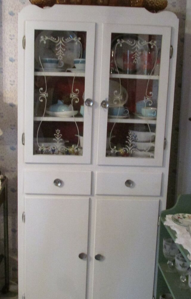 Vintage white kitchen cabinet dish cabinet storage cabinet for White kitchen cabinets with glass