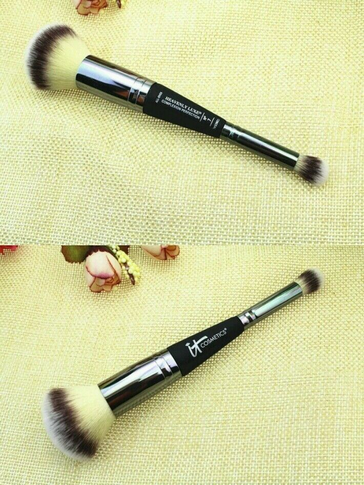 Foundation Brush: IT Cosmetics Heavenly Luxe Dual Airbrush FOUNDATION