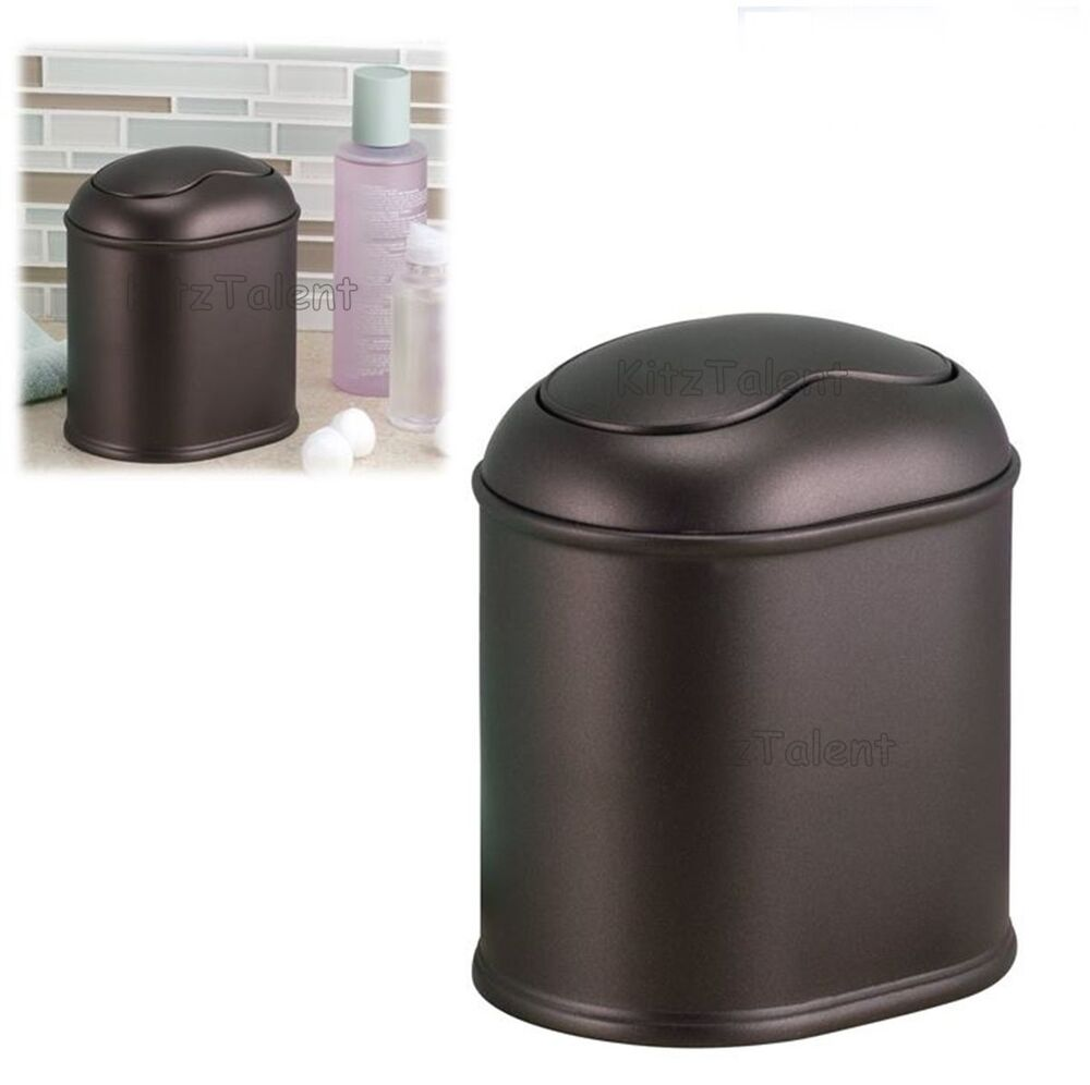 Bathroom garbage can with lid