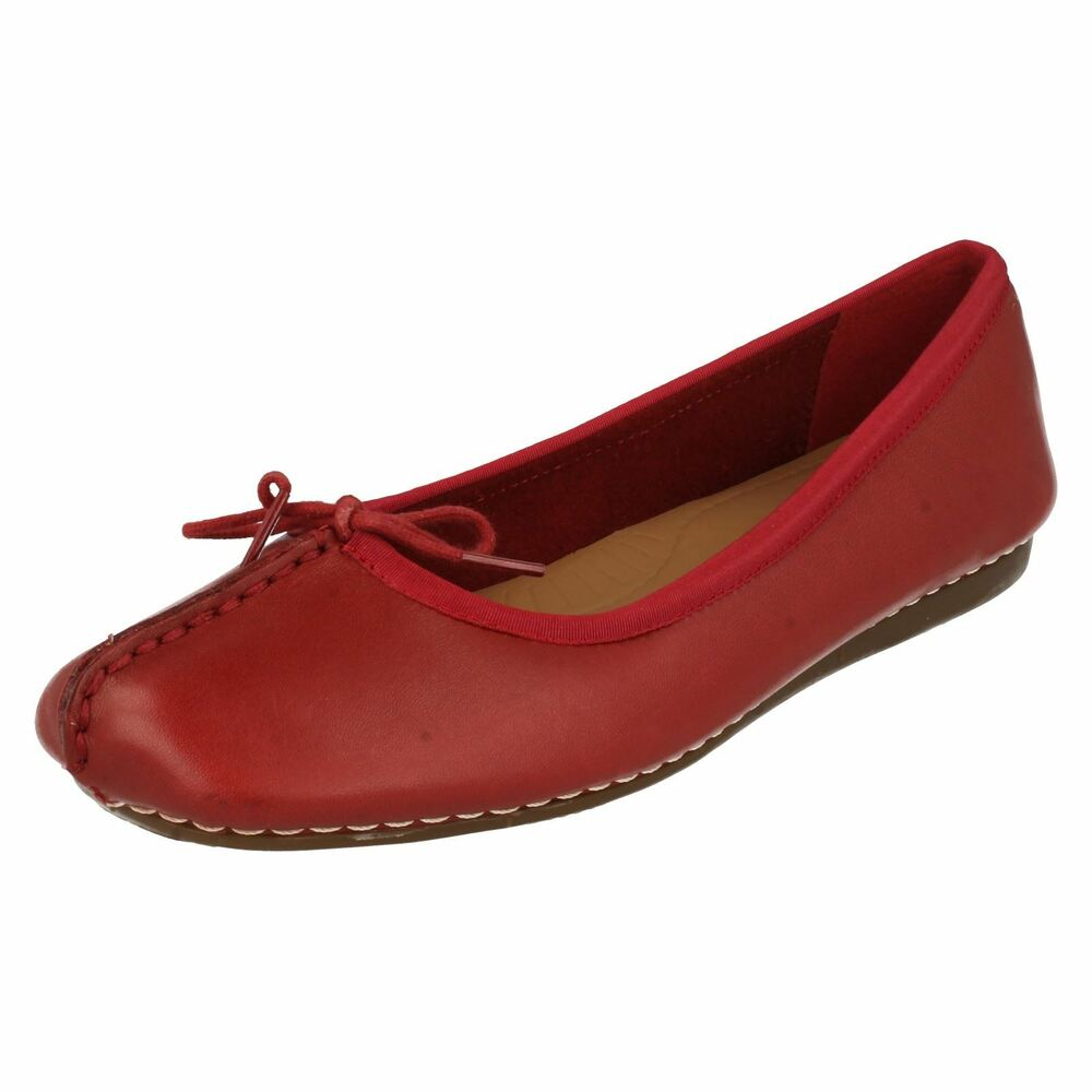 962ceac51a5e Details about Clarks  Freckle Ice  Ladies Red Leather Casual Ballerina Shoes  D Fit